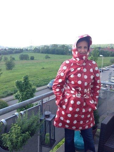 Makerist - Ein Regenmantel der gute Laune verbreitet! - Nähprojekte - 1