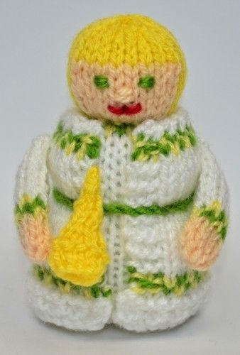 Makerist - Scrooge - Spirit of Christmas Past - DK Wool - Knitting Showcase - 3