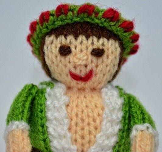 Makerist - Scrooge - Spirit of Christmas Present - DK Wool - Knitting Showcase - 2