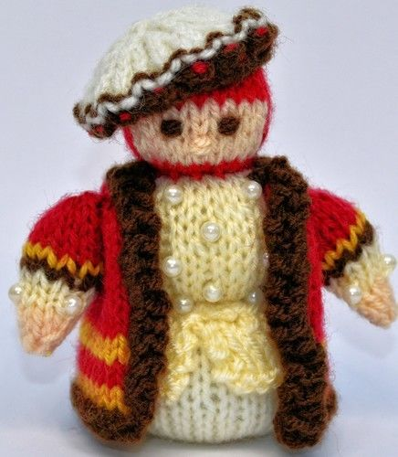 Makerist - Tudor Gentleman Doll - DK Wool - Knitting Showcase - 2
