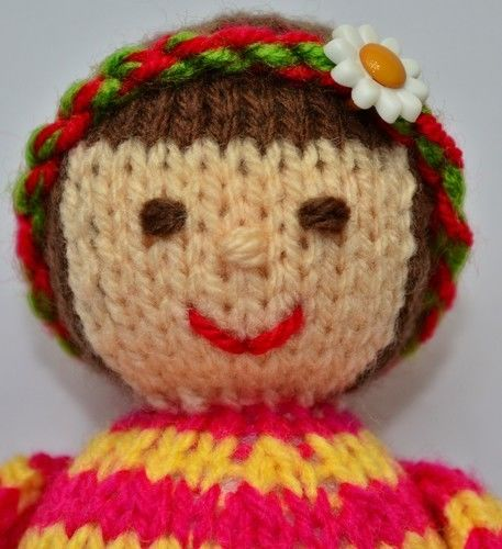 Makerist - Thomasina Rag Doll - DK Wool - Knitting Showcase - 2