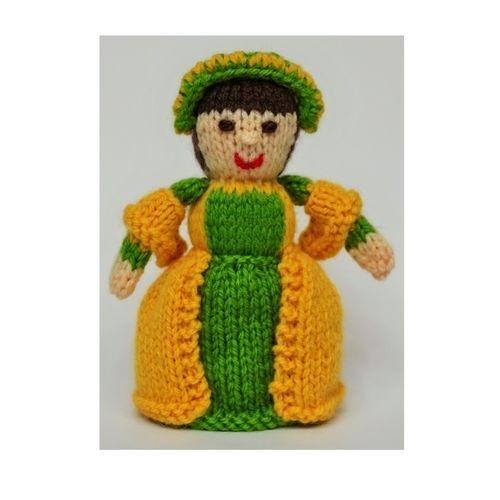 Makerist - Anne Boleyn Doll - DK Wool - Knitting Showcase - 1