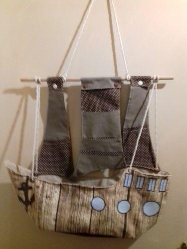 Makerist - Piratenschiff  Wandaufbewahrung mit vielen Fächern - Nähprojekte - 1