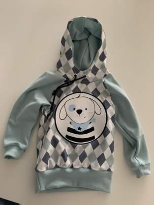 Makerist -  HOODIE COMET (hier in Grösse 98/104) von MIALUNA mit dem süssen Hunde Plott von Paul&Clara - 1