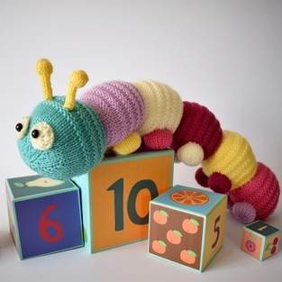 Makerist - Happy Caterpillar - 1