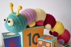 Makerist - Happy Caterpillar - 1