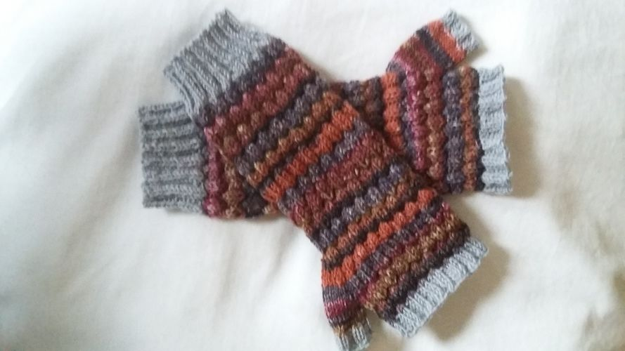Makerist - Handstulpen für meine große Tochter  - Strickprojekte - 2