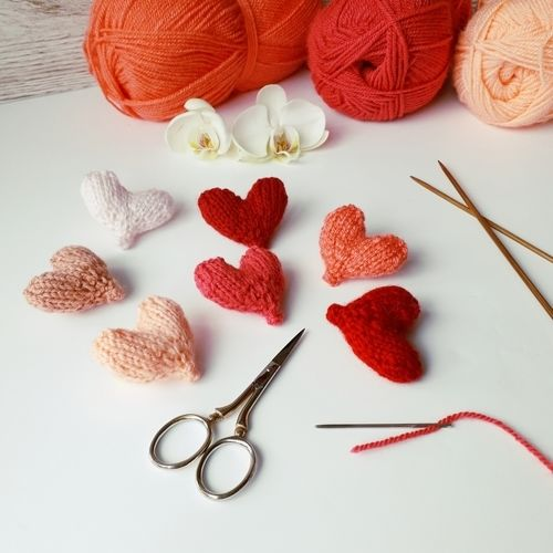 Makerist - Easy Little Hearts - Knitting Showcase - 2