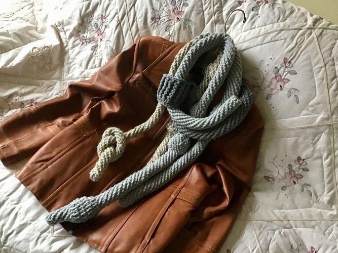 Makerist - Candlestick Park scarf - Crochet Showcase - 2
