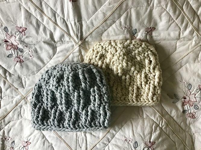Makerist - Snow cap mountain hat  - Crochet Showcase - 1