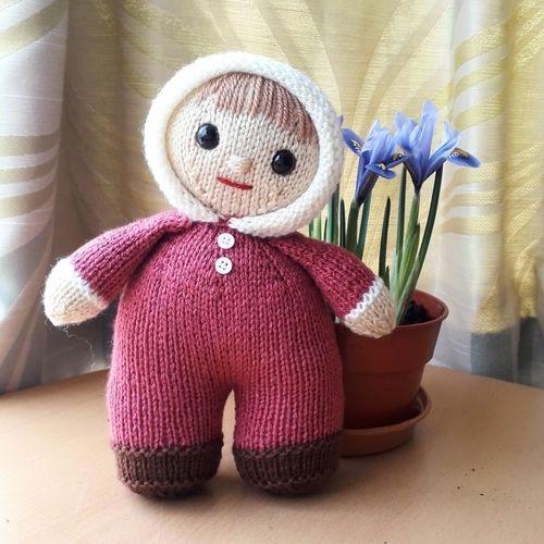 Makerist - Bobbie-Jo Doll - Knitting Showcase - 1
