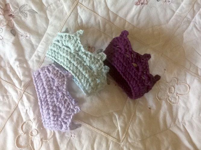 Makerist - Crocheted Royal Crown 👑  - Crochet Showcase - 3