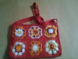 Makerist - Bunte Tasche. Aus Baumwollgarn in verschiedene Farben. Die Tasche habe ich für meine 10 jährige Tochter gemacht. - 1