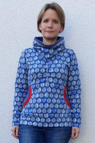 Makerist - Xia Hoodie mit tollem Blättersweat - Nähprojekte - 1