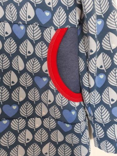 Makerist - Xia Hoodie mit tollem Blättersweat - Nähprojekte - 3