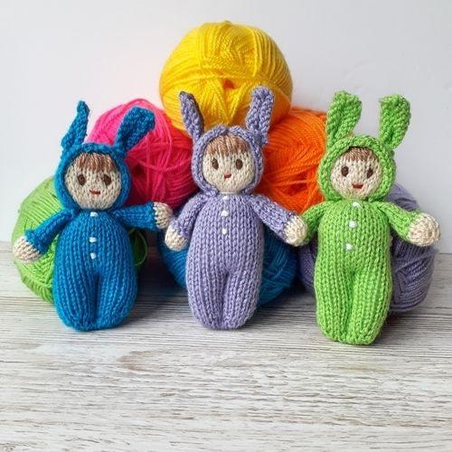 Makerist - Bright Easter Bunny Dolls - Knitting Showcase - 2