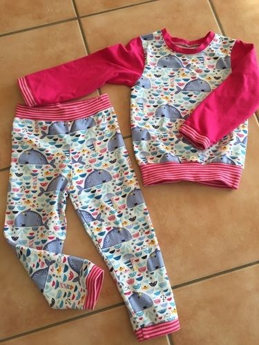 Makerist - Süßer Schlafanzug Good Night Bärlin aus Jersey   - Nähprojekte - 1