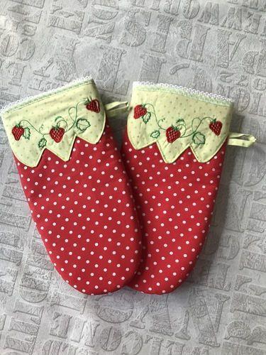 Makerist - Ofenhandschuhe - Geburtstagsgeschenk für eine liebe Freundin mit Küchenfimmel - Nähprojekte - 1