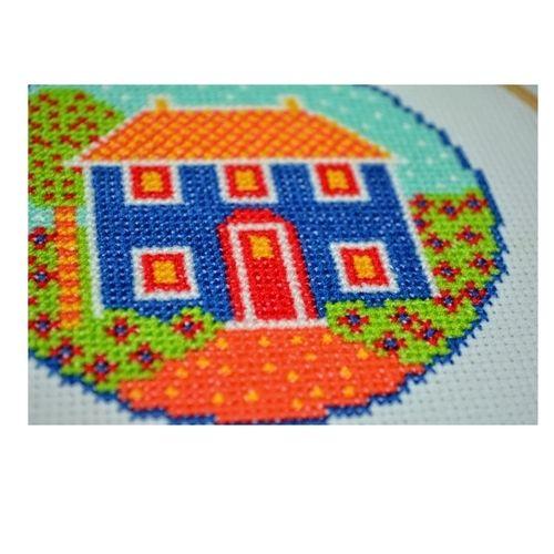 Makerist - Folk Art Cottage Counted Cross Stitch Pattern - Sewing Showcase - 2