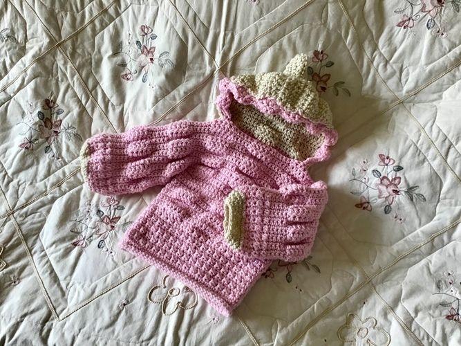 Makerist - Pixie Puff Hoodie - Crochet Showcase - 2