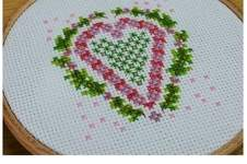 Makerist - Heart Counted Cross Stitch - 1