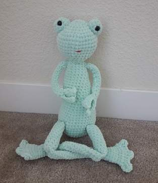 Makerist - Amigurumi – toy - Lilly the Frog -  crochet tutorial/pattern - 1