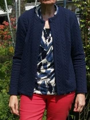 Makerist - Strickjacke Betty aus Zopfmuster Jersey - 1