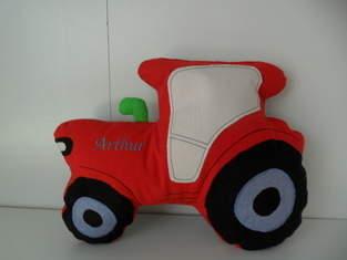 Makerist - Kuschelkissen Traktor - 1