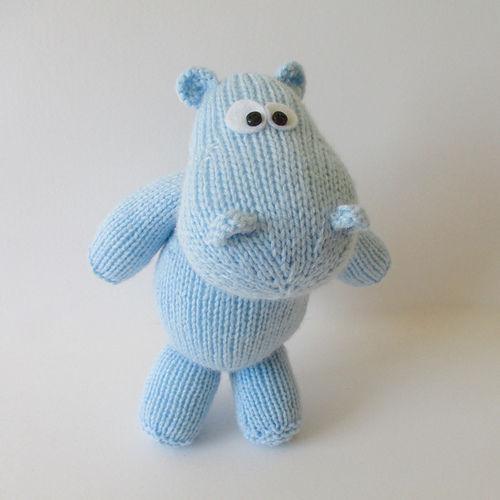 Makerist - Harry the Hippo - Knitting Showcase - 1