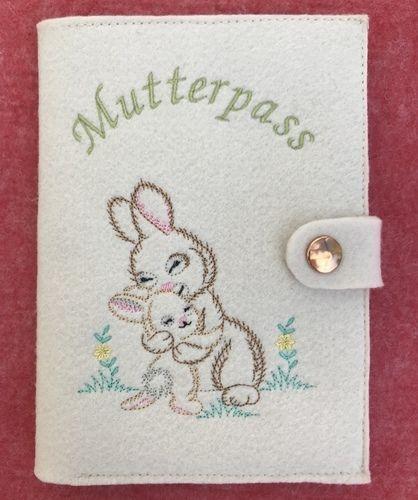 Makerist - Mutterpasshüllen - dem freudigen Ereignis entgegen  - Nähprojekte - 1