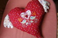 Makerist - Herzkissen mit Flüüüüügel - 1