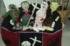 Makerist - Zombie Bank . gestrickt aus div. wolle für meinen Mann - 1
