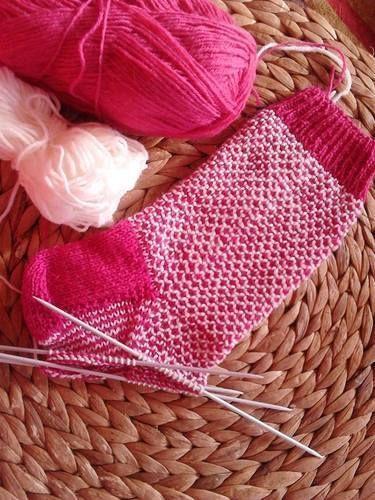 """Makerist - Socken im """"Brocken Seed Stitch"""" - Strickprojekte - 1"""