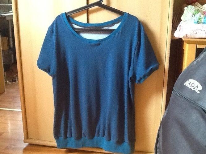 Makerist - Shirt mit der Overlock - Nähprojekte - 1