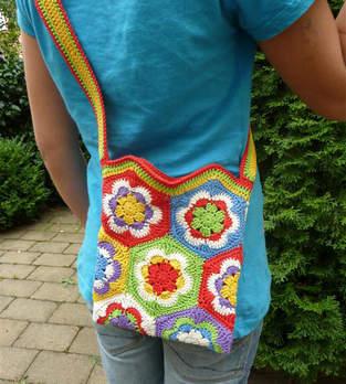 Makerist - Umhängetasche für Kids aus Granny Squares - 1