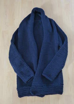 Makerist - So sieht meine erste Strickjacke aus Schurwolle aus - 1