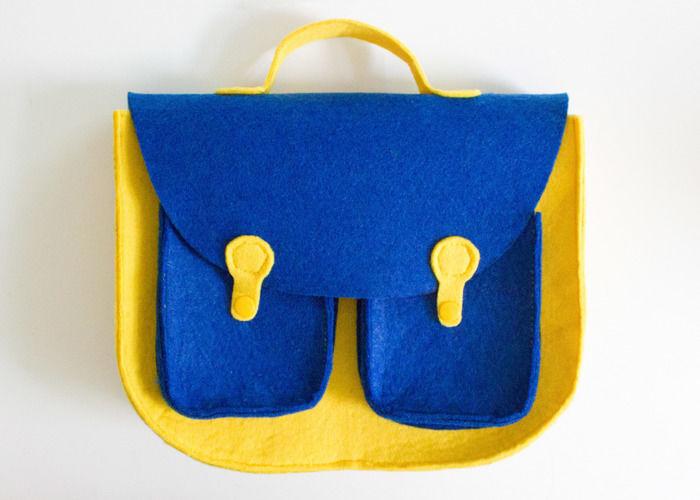 Makerist - Retro-Handtasche aus Filz - Nähprojekte - 1