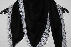 Makerist - Den Schal gibt es auch in schwarz - 1