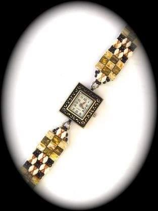 Makerist - Armbanduhr mit Perlenarmband - 1