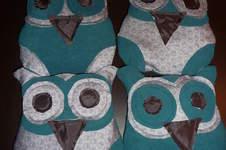 Makerist - Schönes Eulenkissen KouKou von lasari design. Aus Fleece und Baumwollstoff genäht. Für mein Patenkind zu Weihnachten - 1