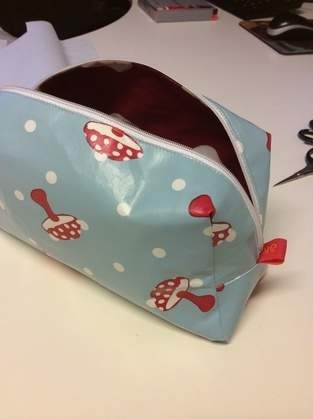 Makerist - Abo Schönstes Weihnachtsgeschenk Kosmetiktasche - 1