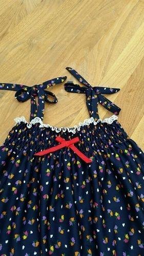 Makerist - Gesmoktes Trägerkleidchen aus Jersey für ein 3Jh altes Kind - Nähprojekte - 2