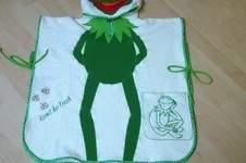 Makerist - Hier kommt Kermit der Frosch als Badeponcho - 1