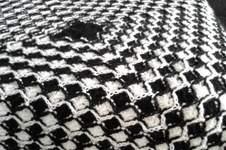 Makerist - Garnfresser Decke, schwarz/weiß. - 1