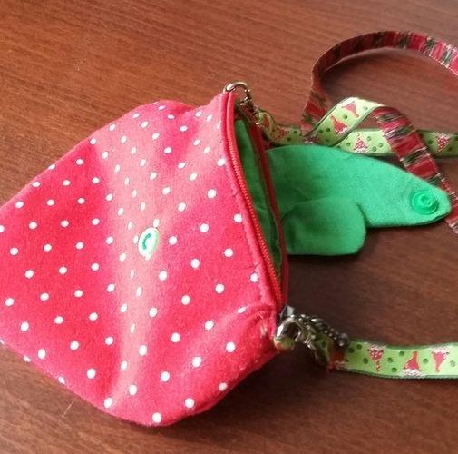 Makerist - Erdbeer-Kinderportmonee - Nähprojekte - 2