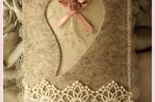 Makerist - Romantische Handyhülle aus Wollfilz - 1