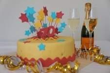 Makerist - Feuerwerks Torte zum Geburtstag - 1