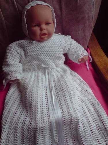 robe de bapteme fille en crochet. Black Bedroom Furniture Sets. Home Design Ideas