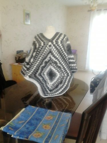 Makerist - poncho en granny crocheter en laine de chez plassard a la vente - Créations de crochet - 3