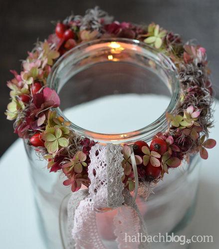 Makerist - Herbstdeko: Beeren-Blüten-Kranz mit Spitze - DIY-Projekte - 3